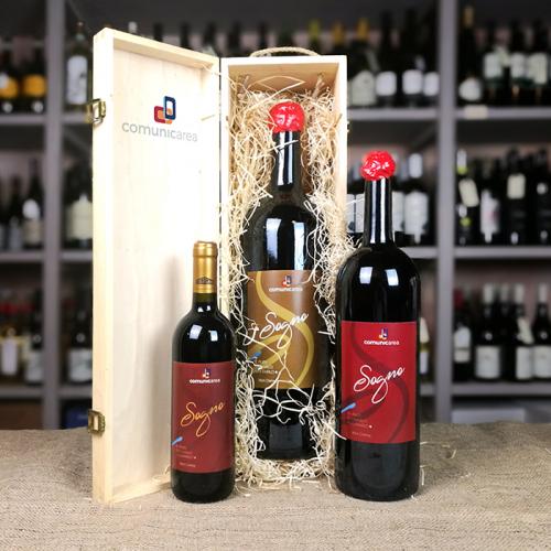 Box in legno contenente una bottiglia di vino